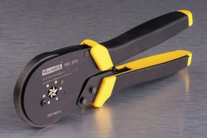 Інструмент для обпресовування трубчастих наконечників